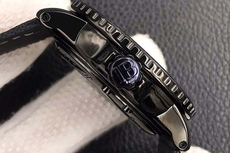 ZF厂宝珀五十寻黑武士复刻腕表评测